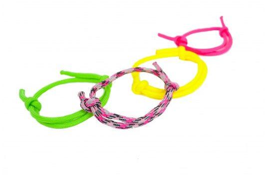 Slip knot bracelet instructions