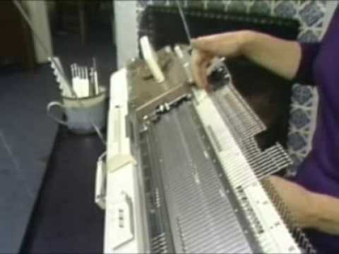 Hand manipulated stitches for machine knitters pdf