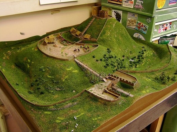 Motte and bailey castle model instructions